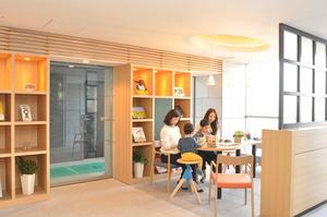 20150514_TSUNAGU lounge.JPG